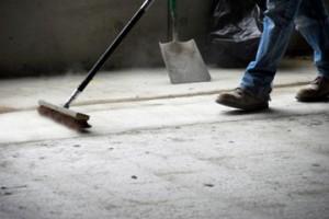 garage-floor-getting-cleaned